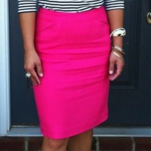 hot pink pencil skirt size 4 like NEW